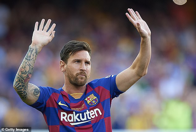 Lionel Messi leaving Barcelona after 'obstacles' thwart contract renewal